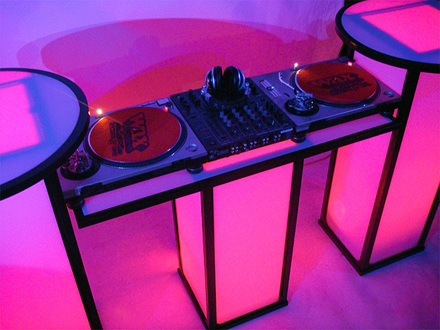Ultimate Bars Event Cube DJ Bar Portable LEd Lightup DJ Booth