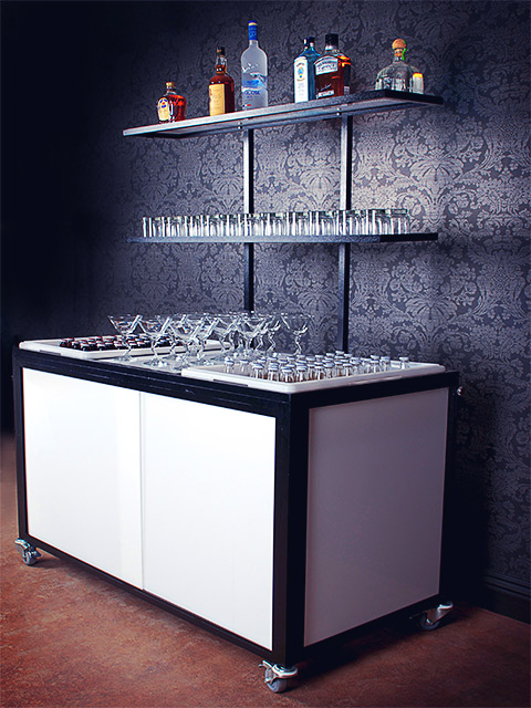 Ultimate Bars Portable Back Bar Display Catering Hotel Banquet Bar on Wheels