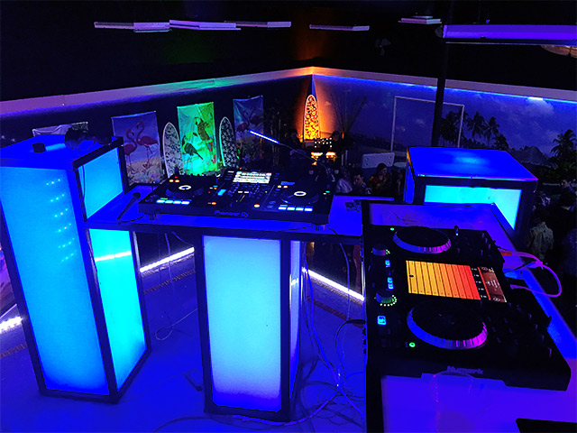 Ultimate Custom Portable Mobile Dj Booth Event Tables by Ultimare Bar Company ORange County California